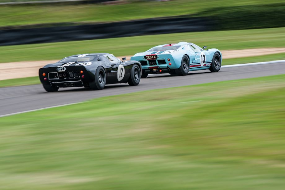 Pair of Ford GT40s look at home during the Goodwood Revival (photo: Julien Mahiels)
