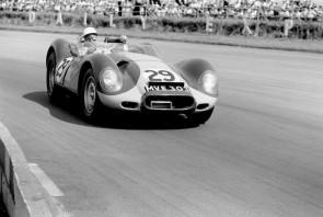Stirling Moss winning in a Lister-Jaguar Knobbly