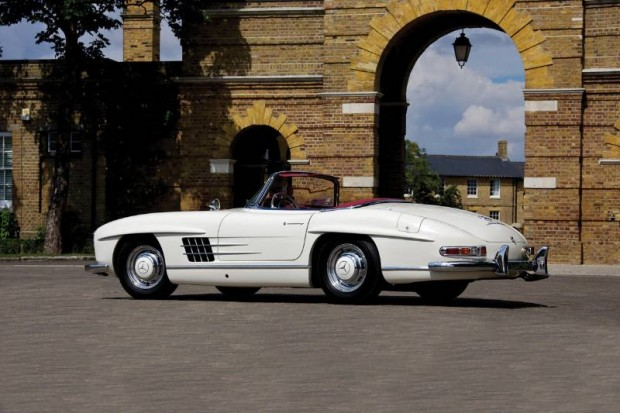 Automobiles of london 2010 auction report rm auctions - Mercedes benz garage london ...