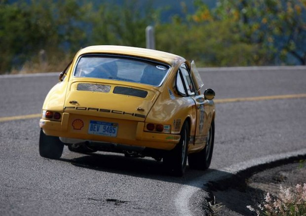 Porsche 911 of Brian de Vries and Marc Noordeloos