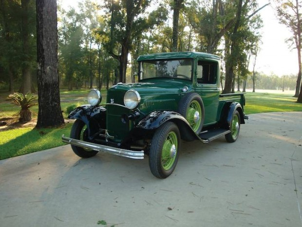 1932 Ford Deluxe Pickup
