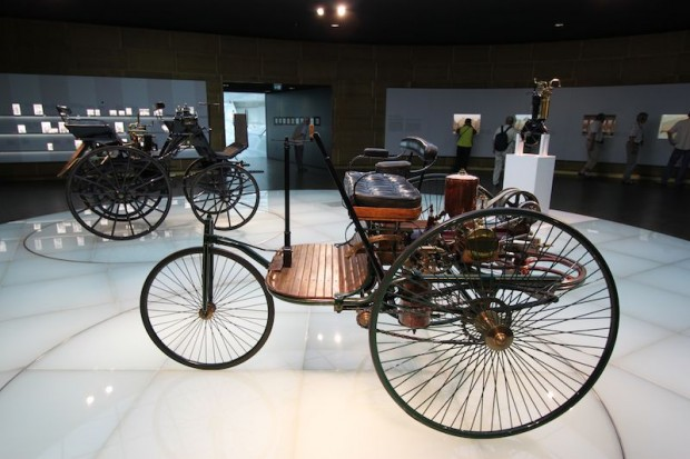 Daimler-Benz Carriages photo