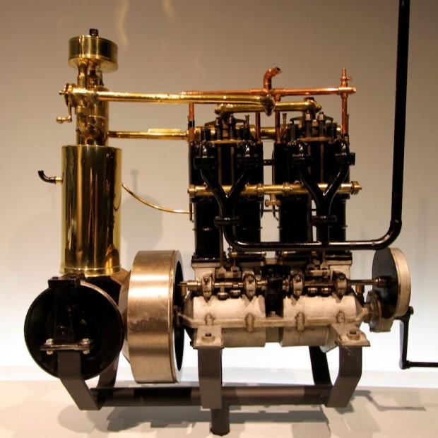Daimler 4-Cylinder picture