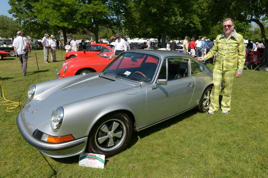 1972 Porsche 911E - Geoffrey and Daryl Hulme.