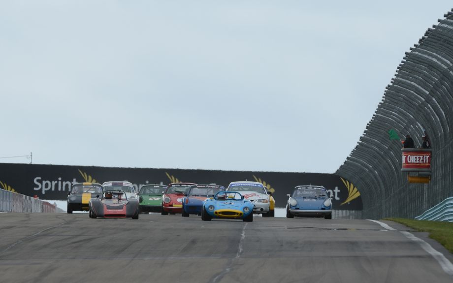 Start of the Vintage/Classic Enduro, which would be red flagged.