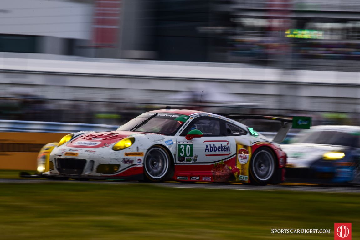 Porsche 911 GT3 R at 2016 Rolex 24 Hours of Daytona