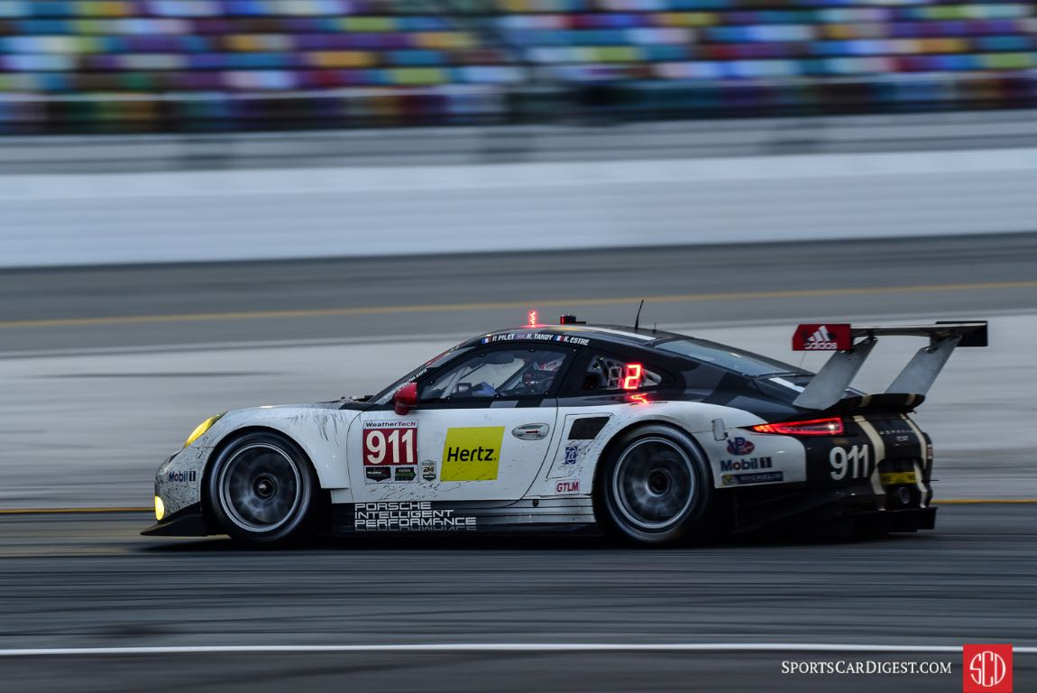 Porsche 911 RSR at 2016 Rolex 24 Hours of Daytona