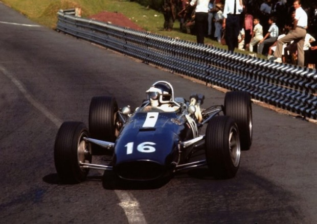 1966 Mexico Grand Prix. Bondurant practiced but did not race the Gurney Eagle Weslake V12