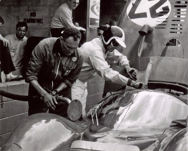 1966 Sebring 12 Hours, Bob Bondurant, Ferrari 330 P3 , Mike Parkes