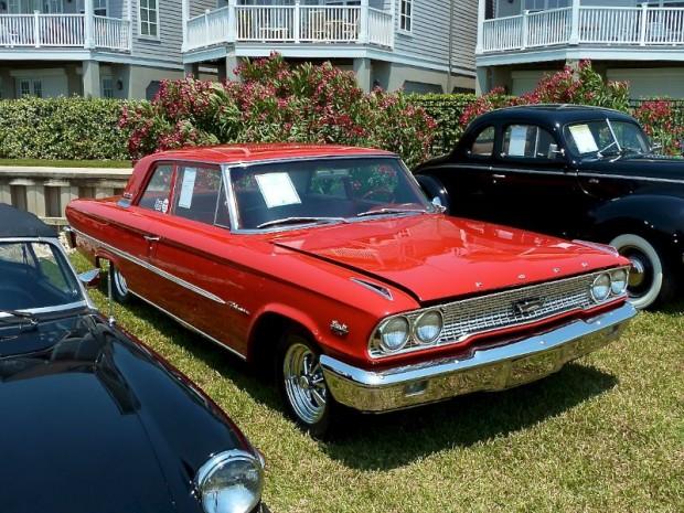 1963 Ford Galaxie 2-Dr. Sedan