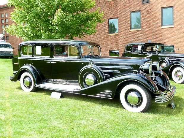 1933 Cadillac 452-C V-16 Limousine, Body by Fleetwood