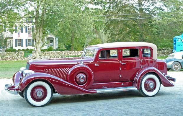 1935 Duesenberg Model J 4-Dr. Sedan, Body by Derham