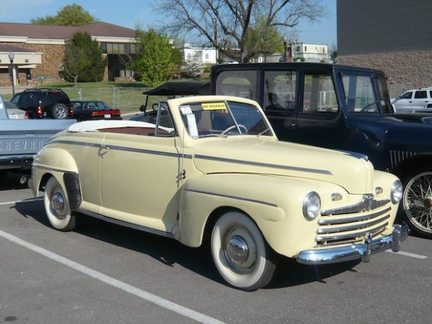 1947 Ford Standard Convertible