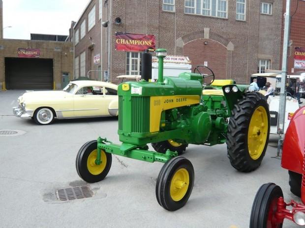 1959 John Deere LP 630 Tractor