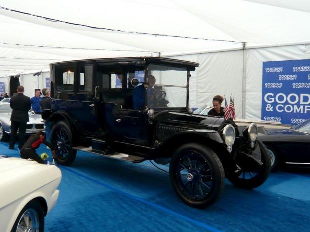 1915 Packard 3-38 Six Limousine