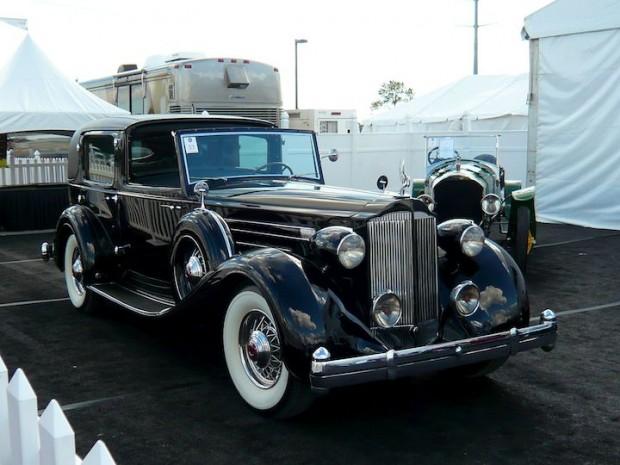 1935 Packard 1207 Twelve All-Weather Cabriolet