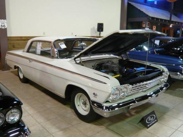 1962 Chevrolet Impala SS 409 Lightweight 2-Dr. Sedan