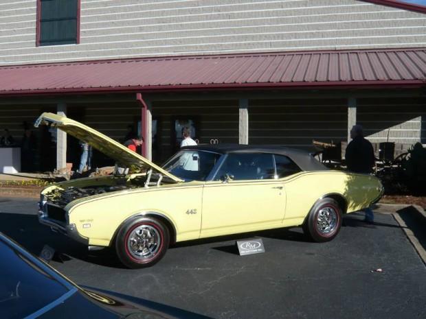 1969 Oldsmobile 4-4-2 W-30 Convertible