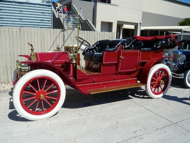 1909 Thomas 6-40 Flyer 7-Passenger Touring