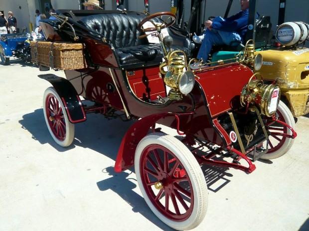 1903 Cadillac Model A Rear-Entry Tonneau