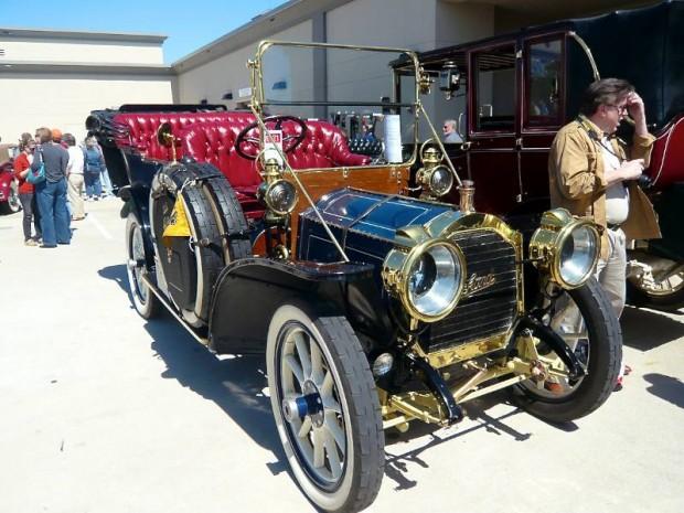1908 Packard Model 30 7-Passenger Touring