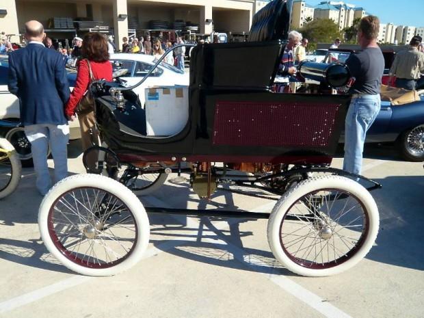 1901 Toledo Steam Runabout