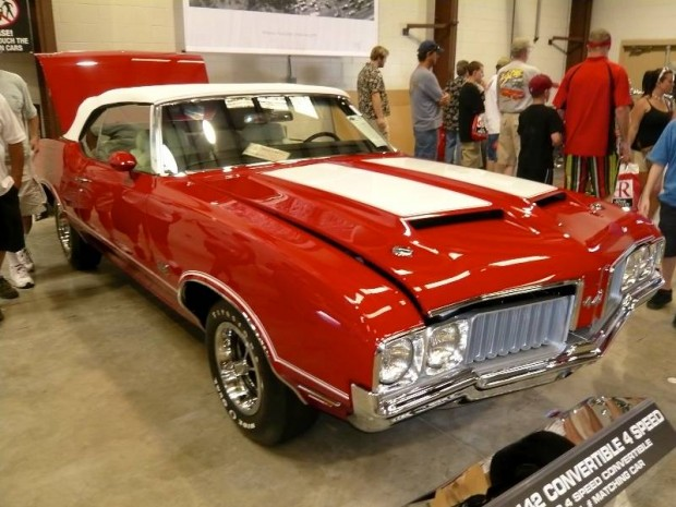 1970 Oldsmobile 4-4-2 Convertible