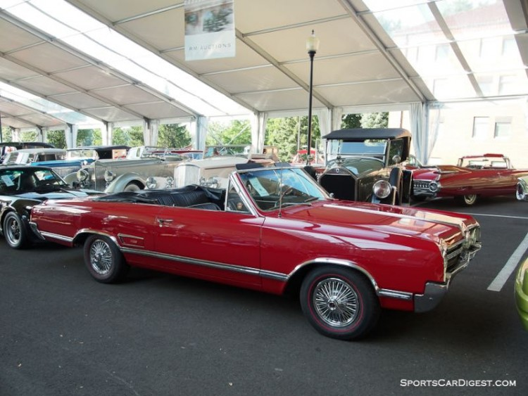 1965 Oldsmobile Cutlass 4-4-2 Convertible