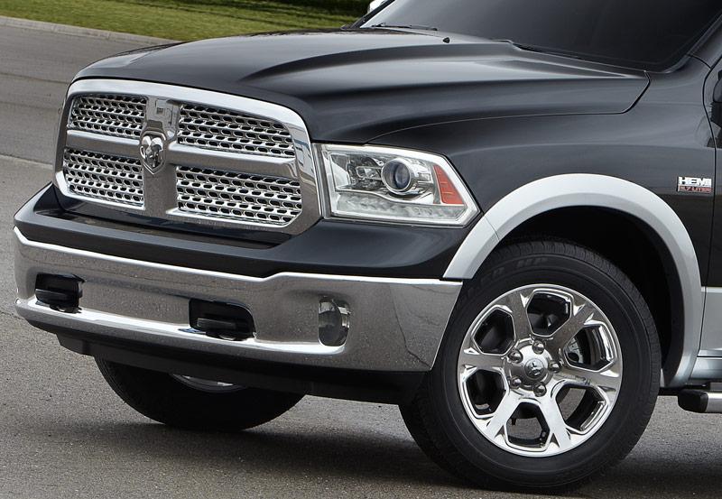 2013 ram 1500 laramie longhorn edition driving report truck review. Black Bedroom Furniture Sets. Home Design Ideas