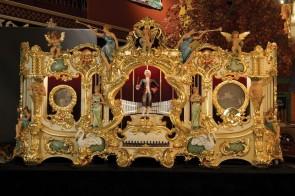 Ruth Style 38-B Fair Organ