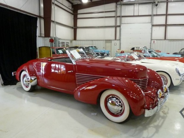 1936 Cord 810 Convertible Coupe Sportsman