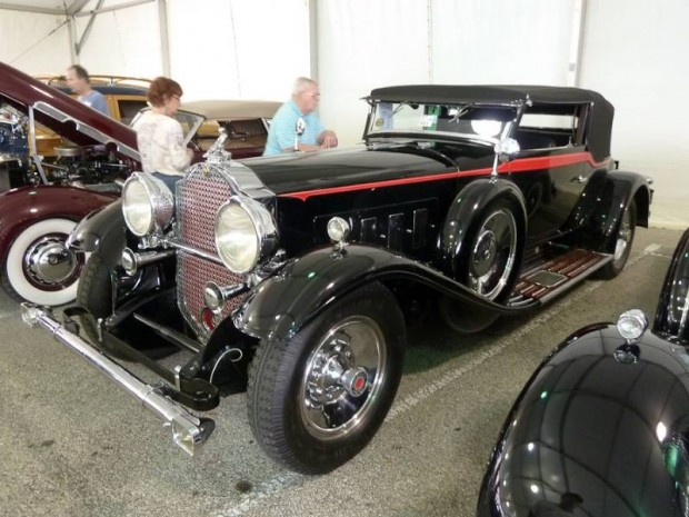 1930 Packard 745 Convertible Victoria