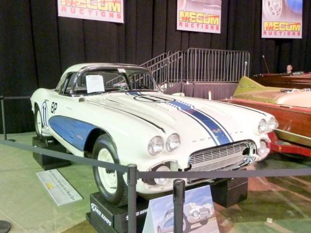 1961 Chevrolet Corvette FI Gulf Race Car