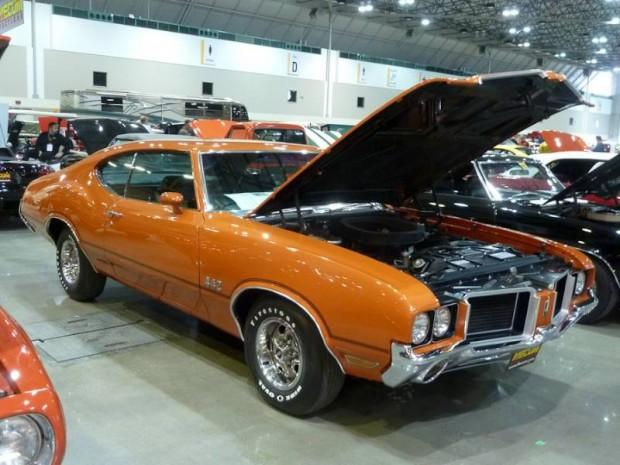 1972 Oldsmobile Cutlass S 2-Dr. Hardtop