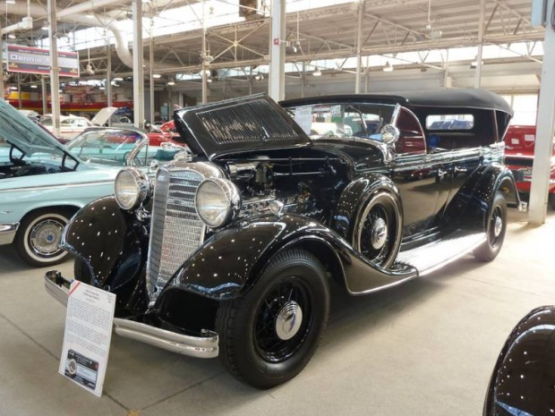 1933 Lincoln KB Touring