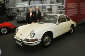 """Dr. Wolfgang Porsche (left) and Matthias Müller opened the """"50 Years of 911"""" anniversary exhibition."""