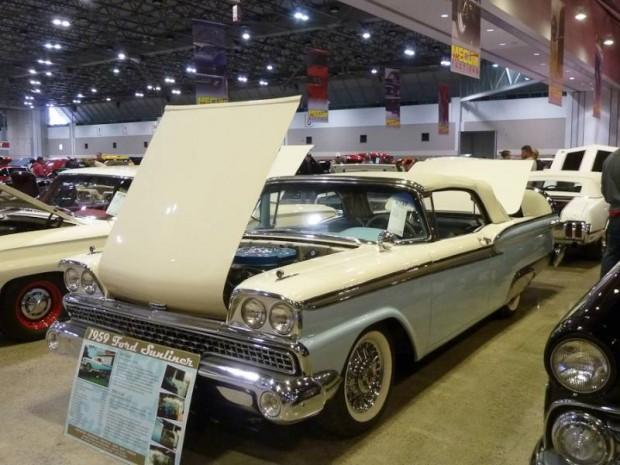 1959 Ford Fairlane 500 Sunliner