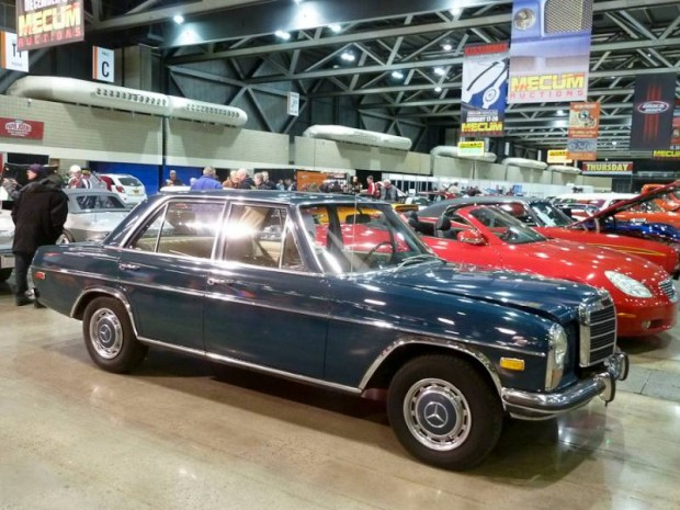 1971 Mercedes-Benz 220 4-Dr. Sedan