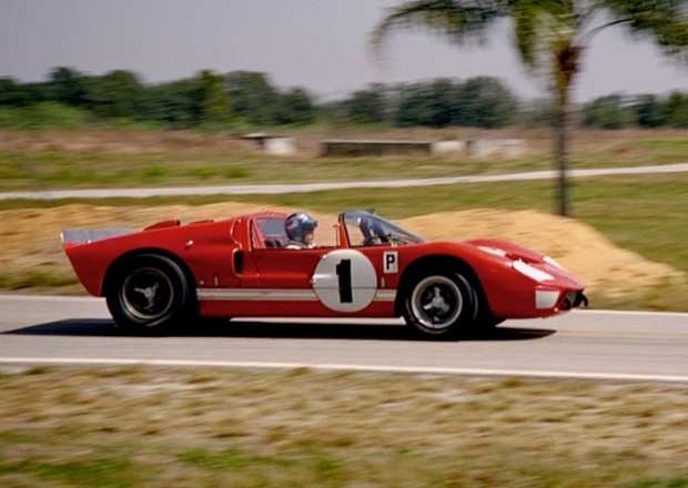 Lloyd Ruby, Ken Miles Shelby American Ford X-1, 1966 12 Hours Sebring race