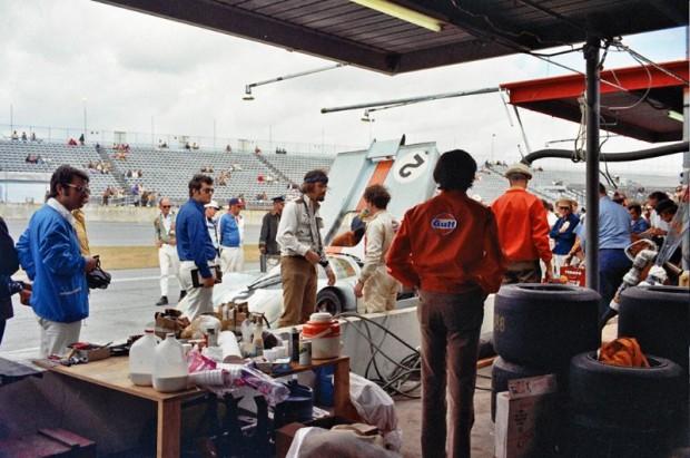 Jackie Oliver - Gulf Wyer Porsche 917K