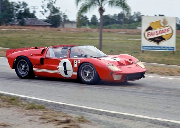 Ken Miles Lloyd Ruby Ford GT40 Mark II roadster, Sebring 12 Hours 1966