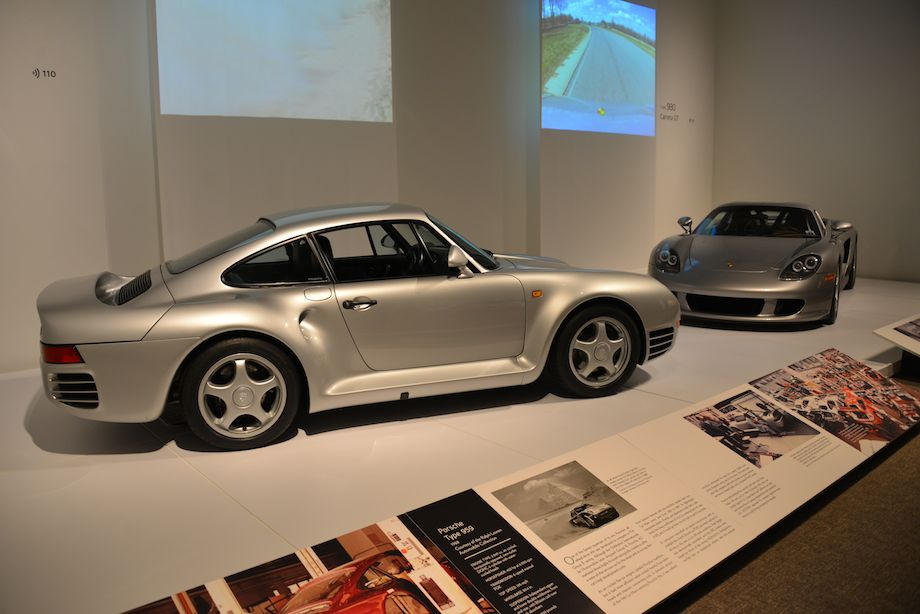 1988 Porsche 959 and 2005 Porsche Type 980 Carrera GT