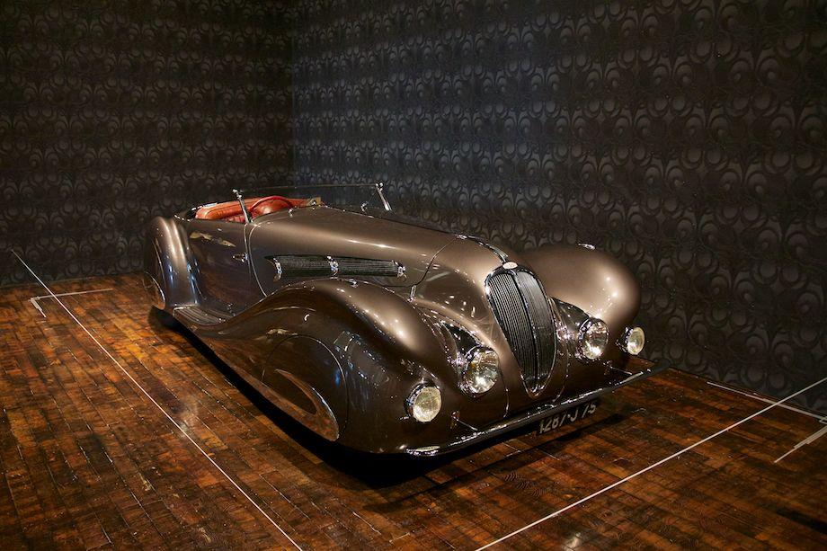 sensuous steel art deco automobiles exhibition photo gallery. Black Bedroom Furniture Sets. Home Design Ideas