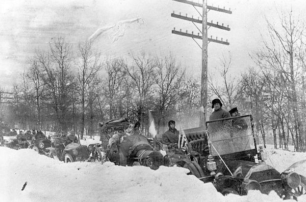 After leaving New York City, the teams encountered a severe snowstorm. Frigid temperatures and hazardous conditions continued as they crossed the U.S.