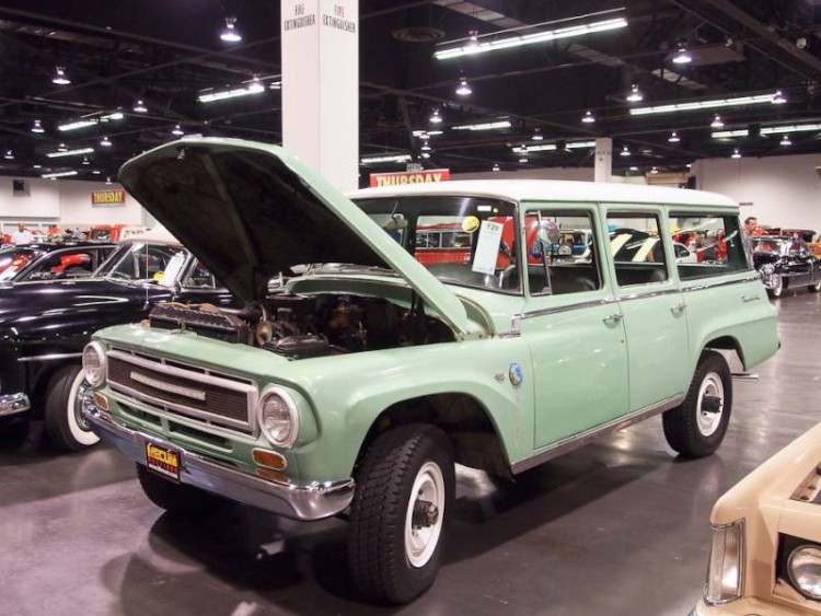 1968 International 1200 Travelall Utility