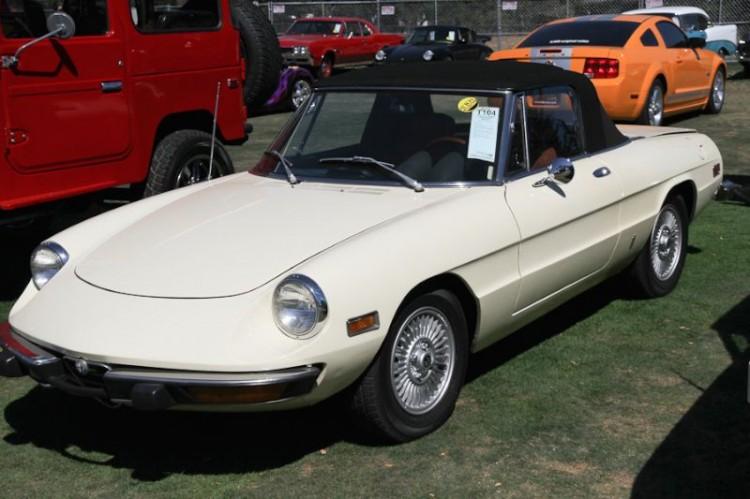 1974 Alfa Romeo 2000 Veloce Spider, Body by Pininfarina