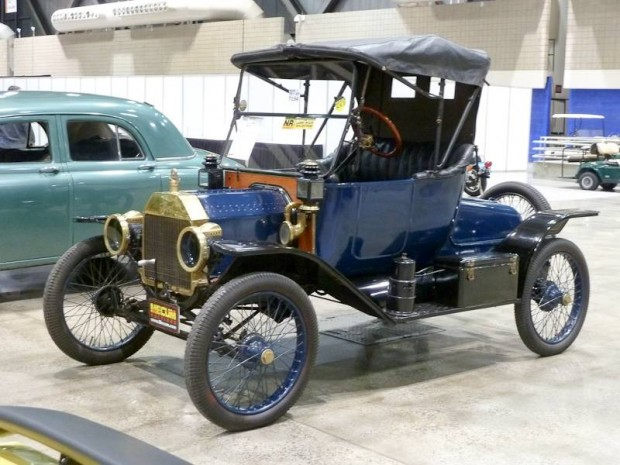 1914 Ford Model T Roadster