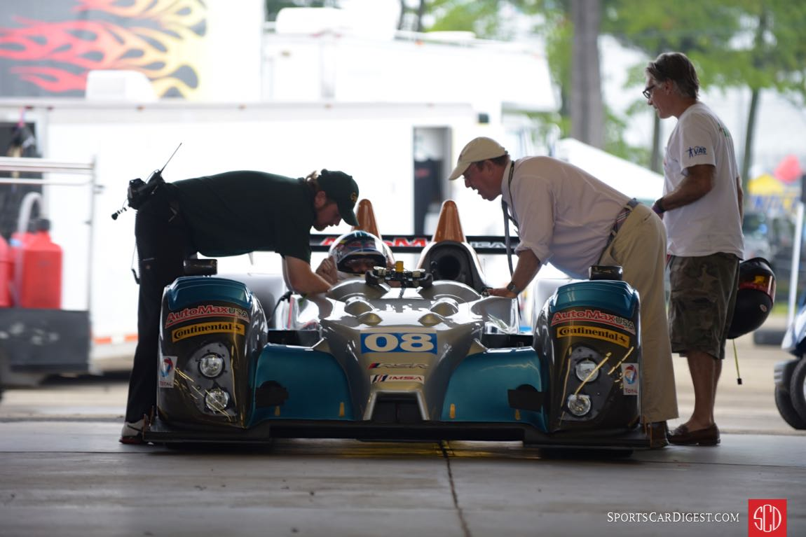 2009 Oreca FLM 9 driven by Nick Incantalupo, with Peter Krause offering his sage advice