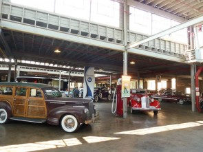 National Automotive and Truck Museum