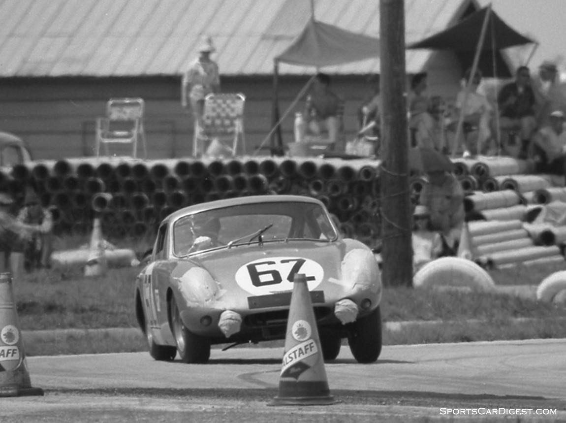 Paddy Hopkirk and Timo Makinen in their Austin-Healey Sebring Sprite used their rally experience to put other drivers to shame when the rains came. (photo: Dave Nicholas)
